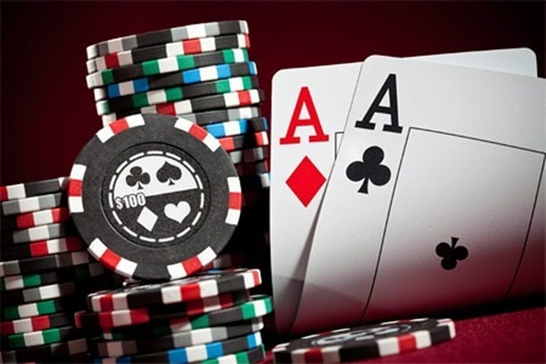 What Is Difference in Poker?