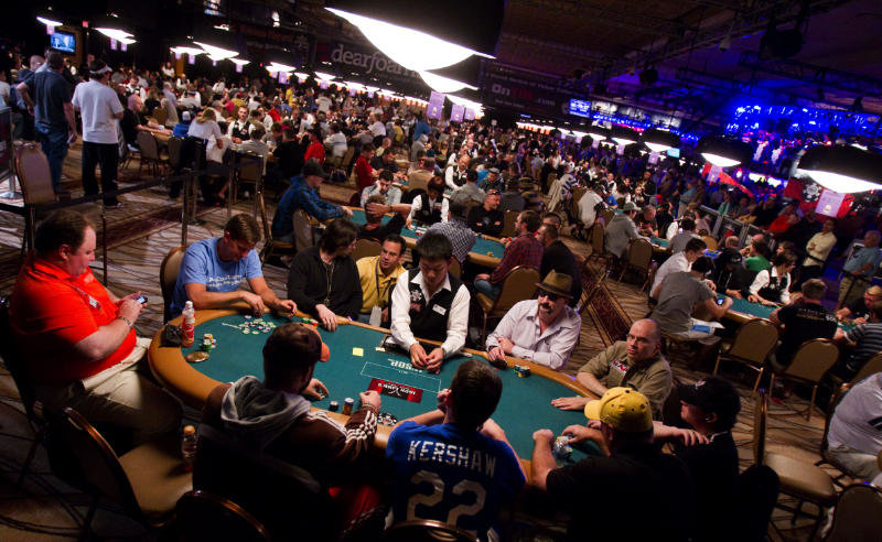 Online Poker Tournament Strategy-Your Guide to Winning Sit N Go's