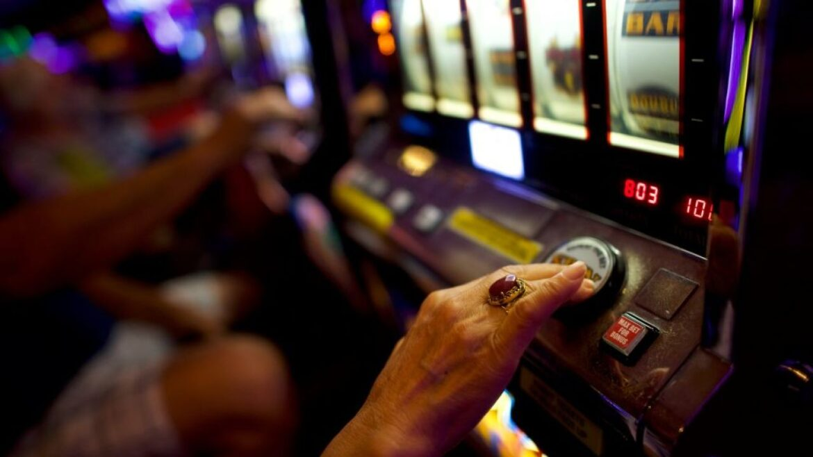 Online Casino Poker Is The Terrific Selection As A Cash Inbound Setting  Betting